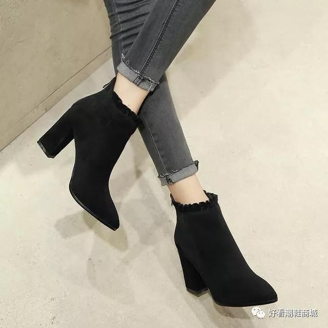 短靴粗跟女鞋